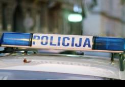 Muškarac (38) sjedio nasred kolnika pa ga udario auto u Maloj Subotici