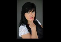 Alla Novak: Razlike između profesionalnog i običnog šminkanja