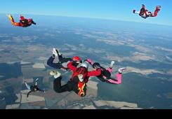 Izložba uz desetljeće djelovanja padobranskog kluba Ludus
