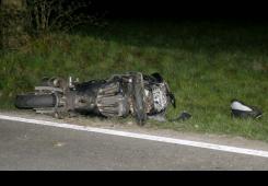 Vozač (18) nepropisno pretjecao i ubio troje ljudi na motorima