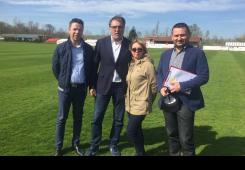 Predstavnici HNS-a na čelu s Čačićem u provjeri travnjaka NK Poleta