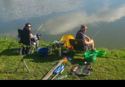 Održano jedinstveno takmičenje u ribolovu za bračne parove