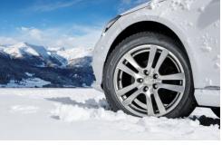 Znate li kada morate na svoj auto staviti zimske gume?