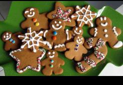 Jeste li već počeli peći božićne keksiće? Evo provjerenih recepata!