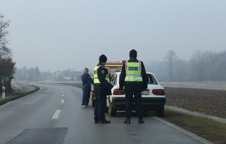 Fotografija snimljena kada je vozilo došlo izvući auto, Foto: zv