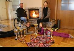 Sestre Antonia i Lea Ružić državne prvakinje u tenisu i gimnastici