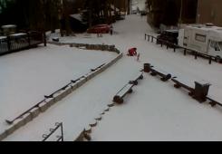 U dijelovima Hrvatske pada snijeg, zatvorene i neke ceste