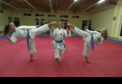 Prof. T. Grgić sprema Sabinu, Ingu i Stelu za svjetsku karate scenu!