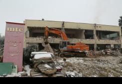 FOTO: Krenulo rušenje bivših tvornica MTČ-a u centru Čakovca