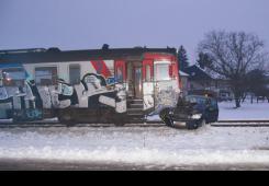 Nije stala na prijelazu: U naletu vlaka žena i dijete lakše ozlijeđeni