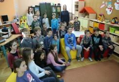 Školarci Prve osnovne škole u gradskoj knjižnici učili o močvarama