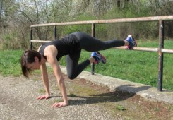 Vježbe na mostu za oblikovanje cijelog tijela
